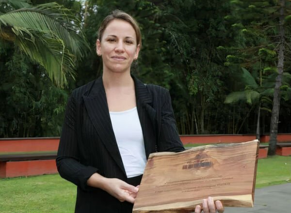Anne-Laure Morel, Founder and President of Torskal with the Danièle Le Normand award